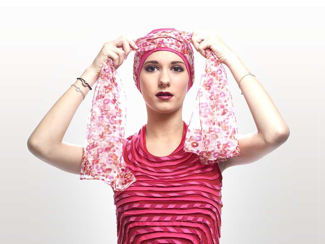 nouer foulard tete cancer tg63 jornalagora. Black Bedroom Furniture Sets. Home Design Ideas