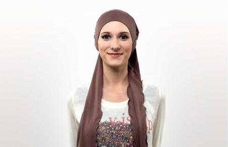 1) Enfiler le bonnet sur votre tête